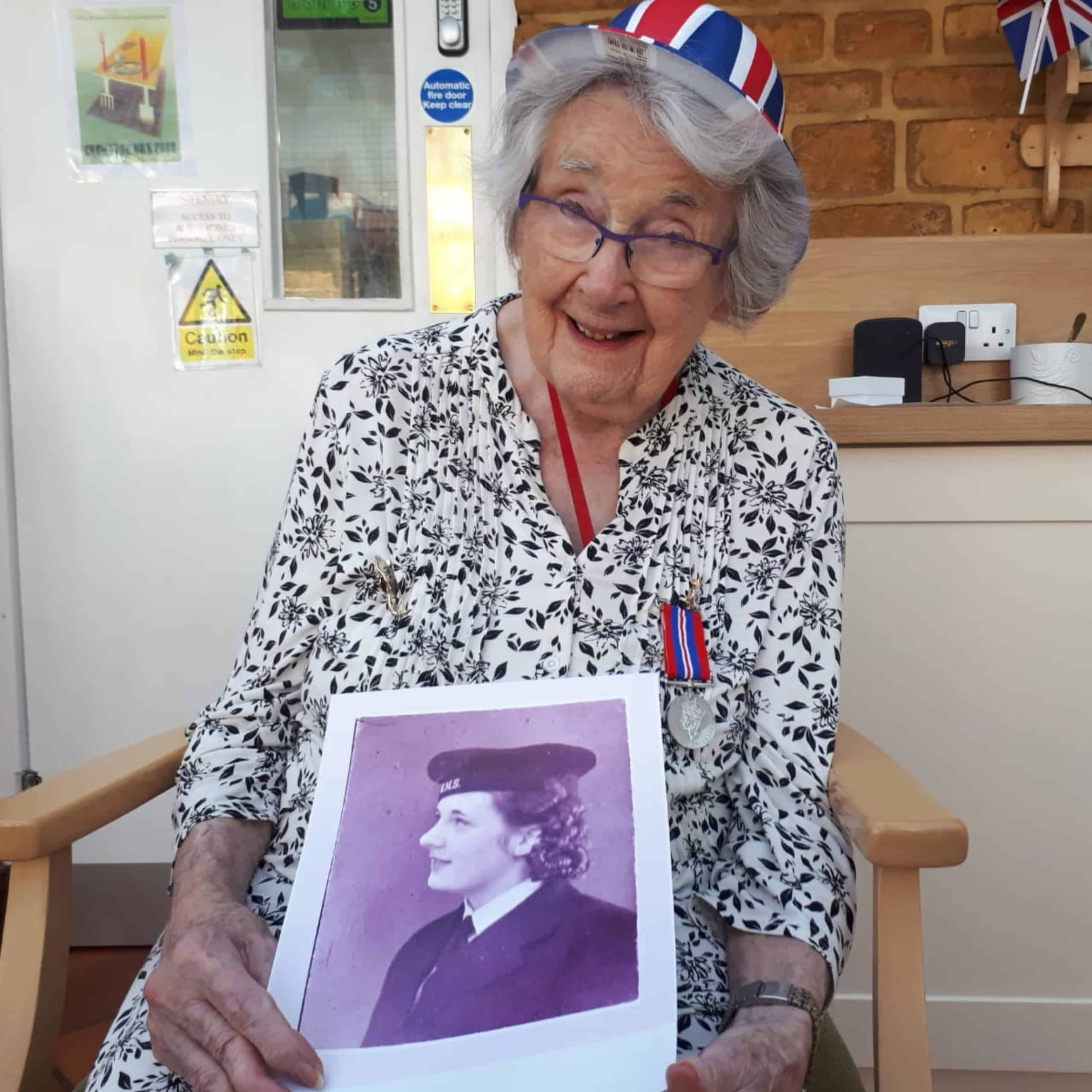 Featherton House Care Home Resident, Edna Sewell tells her wartime story,